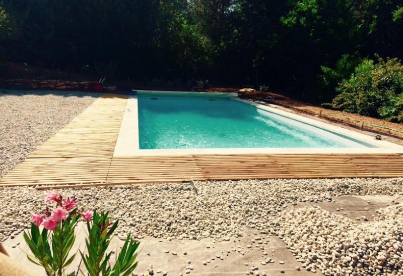 Installation des galets piscine Saint-Jean-1-2016