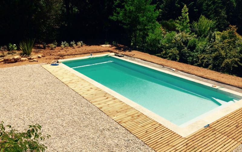 Installation des galets piscine Saint-Jean 2 à Trets 2016